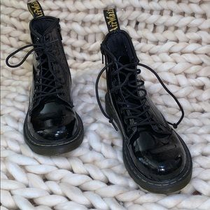 Junior 1460 Patent Leather Lace Up Doc Martins
